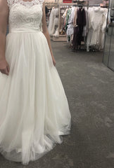 David's Bridal 'Tulle' size 10 new wedding dress front view on bride