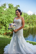 Load image into Gallery viewer, David Tutera 'Leia' size 12 used wedding dress front view on bride