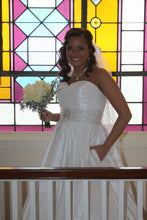 Load image into Gallery viewer, Allure Bridals '8802' size 8 used wedding dress front view on bride