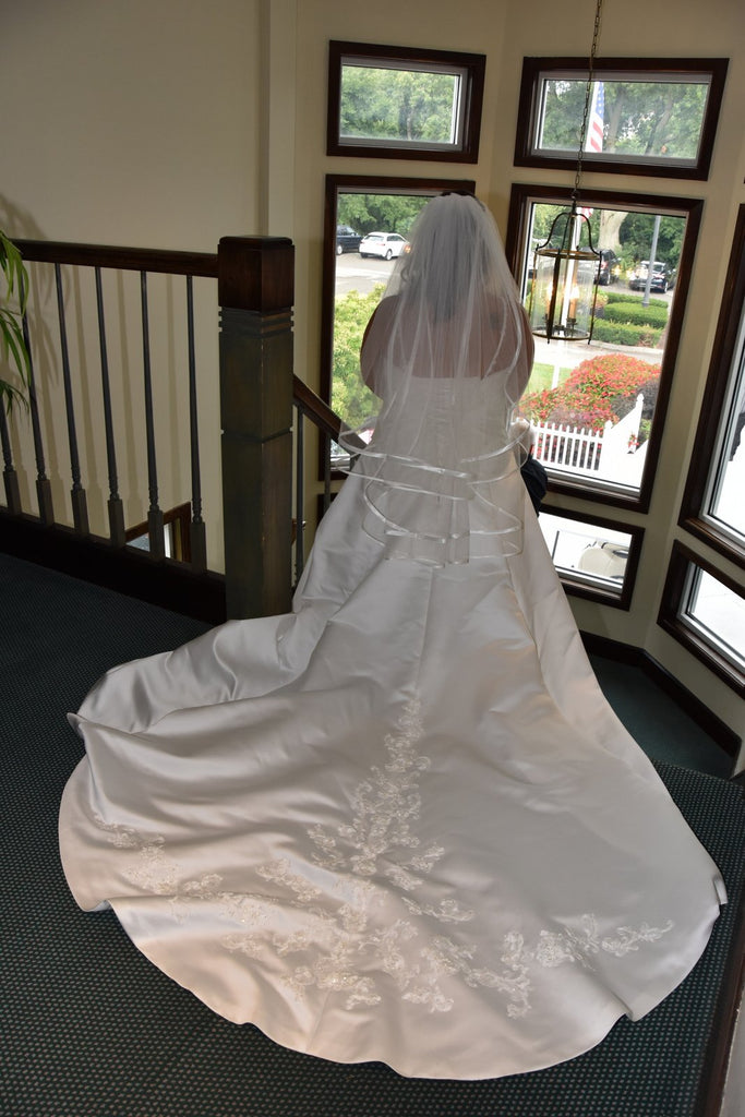 Alfred Angelo 'A Line Sweetheart' size 12 used wedding dress back view on bride