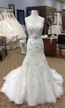 Load image into Gallery viewer, Maggie Sottero 'Delores' - Maggie Sottero - Nearly Newlywed Bridal Boutique - 3