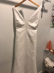 Pronovias 'Racimo' size 8 new wedding dress front view on hanger