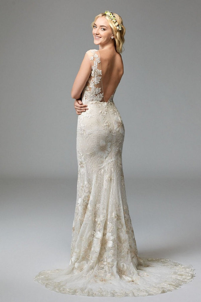 Watters 'Doyle' size 4 new wedding dress back view on model