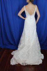 Yvonne LaFleur 'V-Neck Lace' - Yvonne LaFleur - Nearly Newlywed Bridal Boutique - 3