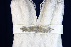 Yvonne LaFleur 'V-Neck Lace' - Yvonne LaFleur - Nearly Newlywed Bridal Boutique - 4