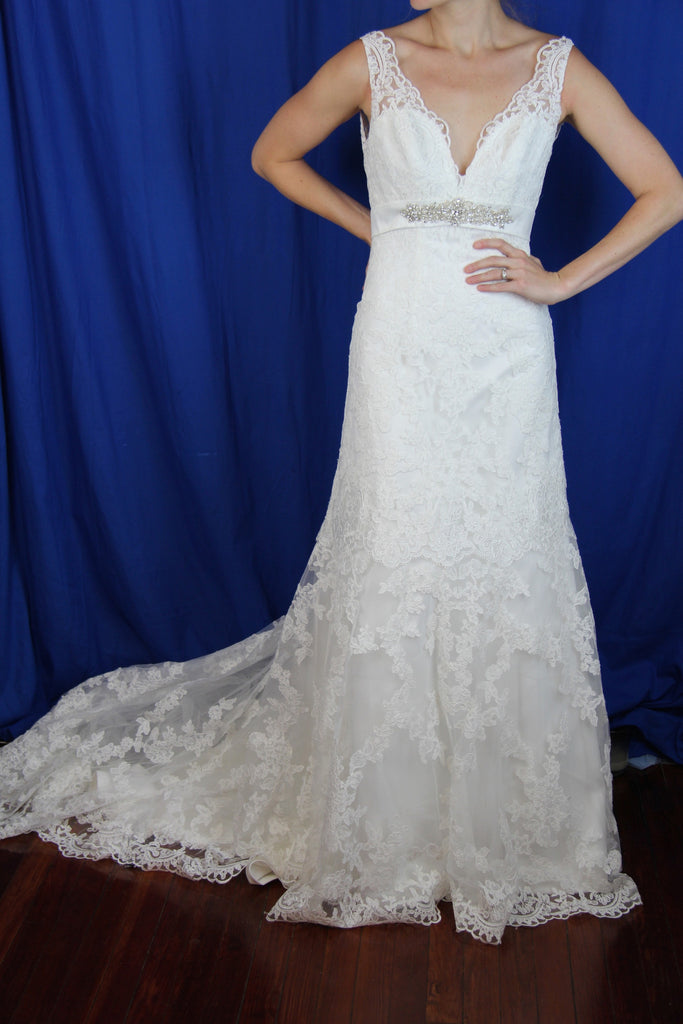 Yvonne LaFleur 'V-Neck Lace' - Yvonne LaFleur - Nearly Newlywed Bridal Boutique - 1