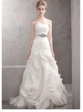 Load image into Gallery viewer, Vera Wang White '351022' - Vera Wang White - Nearly Newlywed Bridal Boutique - 1