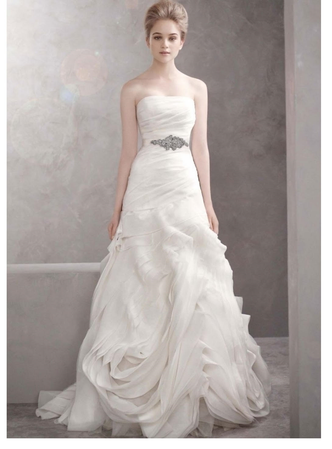 Vera Wang White '351022' - Vera Wang White - Nearly Newlywed Bridal Boutique - 1