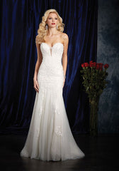 Alfred Angelo '984' size 14 new wedding dress front view on model