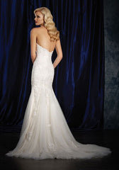 Alfred Angelo '984' size 14 new wedding dress back view on model
