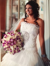 Load image into Gallery viewer, St Pucchi 'By Rani' - St Pucchi - Nearly Newlywed Bridal Boutique - 1