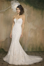 Load image into Gallery viewer, Pearl Bridal '1060' - pearl bridal - Nearly Newlywed Bridal Boutique - 4