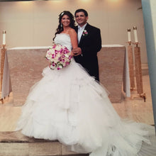 Load image into Gallery viewer, St Pucchi 'By Rani' - St Pucchi - Nearly Newlywed Bridal Boutique - 4