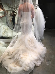 Vera Wang 'Gemma' size 8 used wedding dress back view on bride