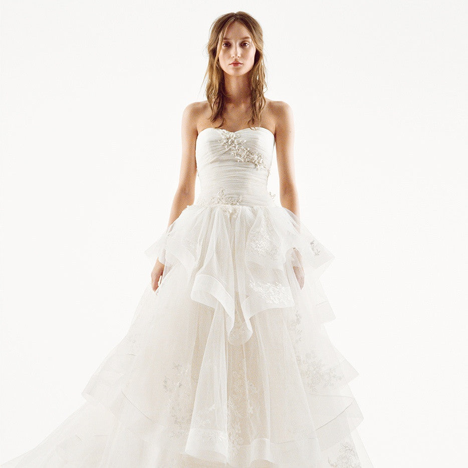 White by Vera Wang '351197' - Vera Wang - Nearly Newlywed Bridal Boutique - 1