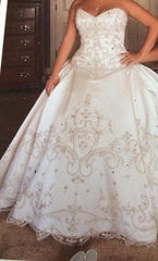 Eve of Milady '4269' size 10 new wedding dress front view on bride