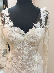Pronovias 'Capricornio' size 6 sample wedding dress front view close up on mannequin