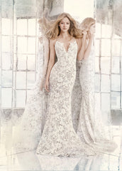 Hayley Paige 'Cali' size 10 new wedding dress front view on model
