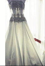 Load image into Gallery viewer, Stephen Yearick '13874' - Stephen Yearick - Nearly Newlywed Bridal Boutique - 3