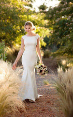 Essence of Australia '2238' size 6 new wedding dress front view on bride