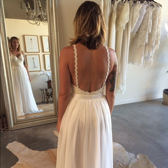 Free People 'Sweetheart' size 6 used wedding dress back view on bride