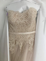 Allure Bridals '2908' size 6 used wedding dress front view on hanger