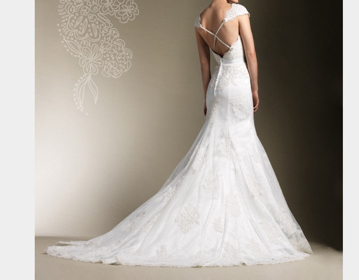 Justin Alexander '8600' size 8 new wedding dress back view on model