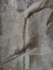 Enzoani 'Diana' - Enzoani - Nearly Newlywed Bridal Boutique - 4