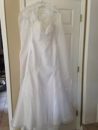 Mackenzie Michaels 'White Lace' - Mackenzie Michaels - Nearly Newlywed Bridal Boutique - 4