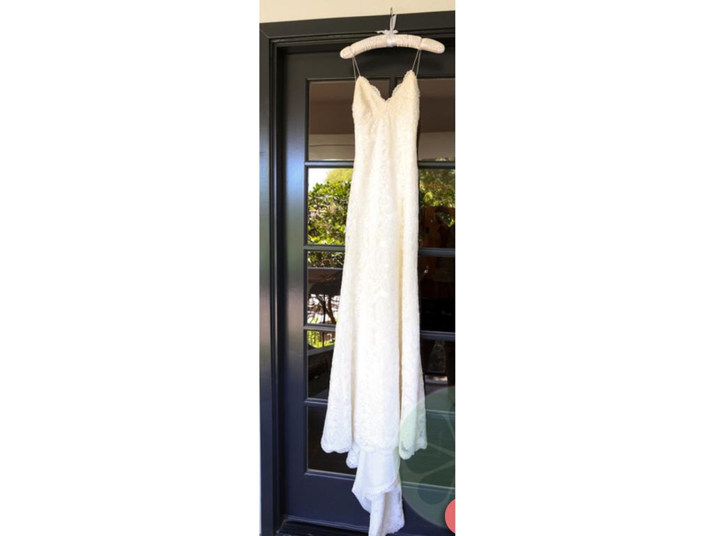 Katie May 'Poipu' size 2 used wedding dress front view on hanger
