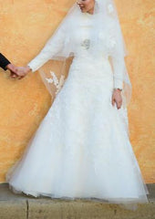 Ivory Lace A-line Wedding Dress - Blue - Nearly Newlywed Bridal Boutique - 3