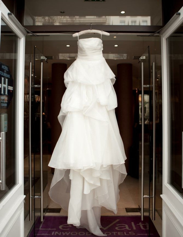 Vera Wang 'Chiffon Dress' - Vera Wang - Nearly Newlywed Bridal Boutique - 2