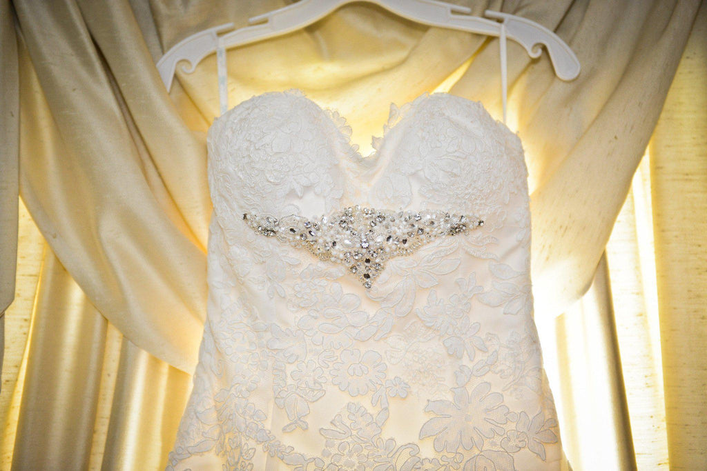 Ivory Lace A-line Wedding Dress - Blue - Nearly Newlywed Bridal Boutique - 2