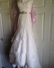 Load image into Gallery viewer, Jim Hjelm 'Tara Keely' - Jim Hjelm - Nearly Newlywed Bridal Boutique - 2