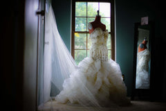 YSA Makino Mermaid Style Wedding Dress - Ysa Makino - Nearly Newlywed Bridal Boutique - 3