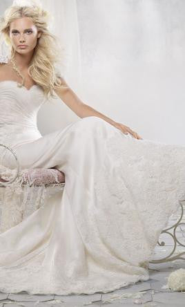 Alvina Valenta 'AV9153' - Alvina Valenta - Nearly Newlywed Bridal Boutique - 3