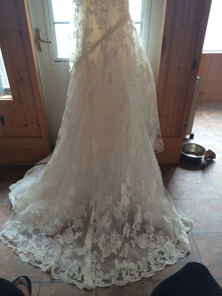 Enzoani 'Diana' - Enzoani - Nearly Newlywed Bridal Boutique - 2