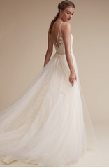 BHLDN 'Cassia' size 6 new wedding dress back view on model