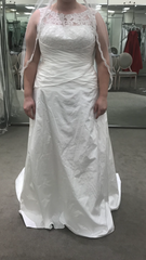 David's Bridal 'Illusion Lace' size 16 new wedding dress front view on bride
