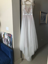 Load image into Gallery viewer, Wtoo 'Marnie' size 0 used wedding dress back view on hanger