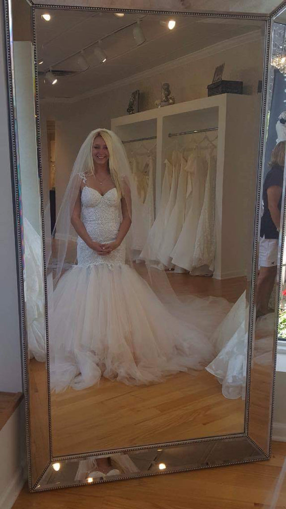 Galia Lahav 'Loretta' size 4 new wedding dress front view on bride