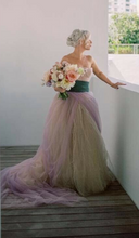 Load image into Gallery viewer, Vera Wang 'Alexandra' size 4 used wedding dress front view on bride