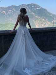 Galia Lahav 'Gia' size 0 used wedding dress back view on bride