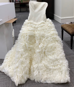 Vera Wang 'Eleanor' size 2 used wedding dress front view on hanger
