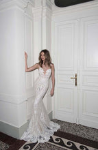Load image into Gallery viewer, Berta '15-114' size 4 used wedding dress front view on model