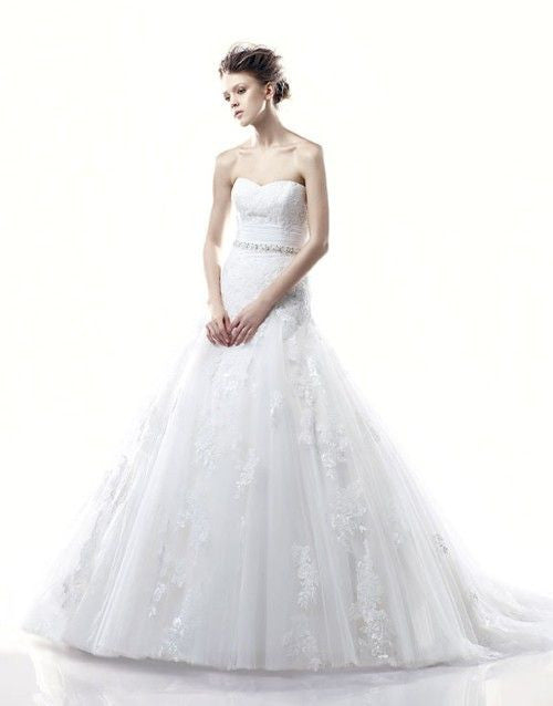 Enzoani 'Dabra' - Enzoani - Nearly Newlywed Bridal Boutique - 1