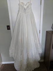 Allure Bridals '8757' size 12 used wedding dress back view on hanger