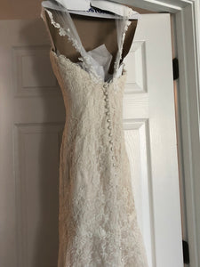 Essense of Australia 'Romantic Vintage Lace' size 8 used wedding dress back view on hanger