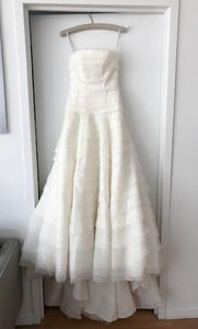 Vera Wang White 'A line Drop Waist' size 10 new wedding dress front view on hanger