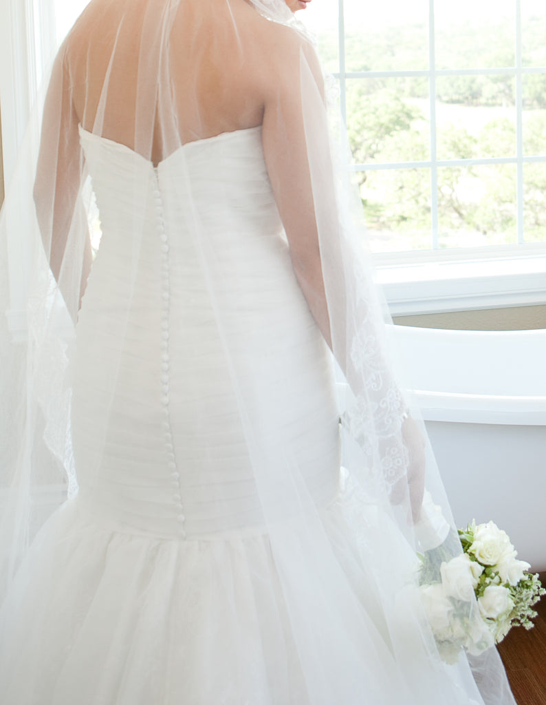 Mori Lee '1602' size 10 used wedding dress back view on bride
